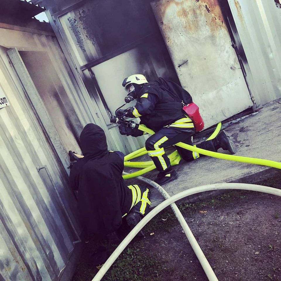 Realbrand-Einsatztraining für Atemschutzgeräteträger