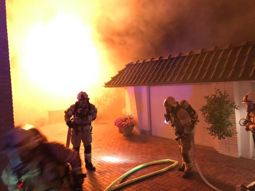 Nr. 187: Wohnungsbrand, Flammen schlugen aus dem Fenster
