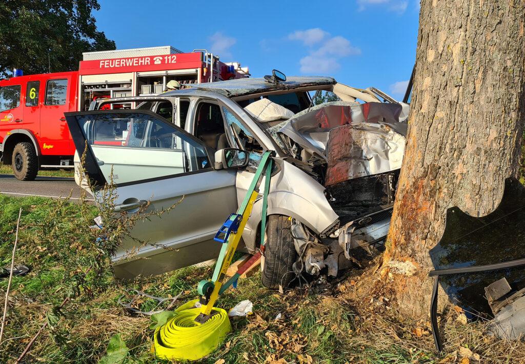 Nr. 146: Verkehrsunfall, eingeklemmte Person